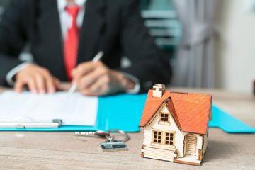 firma de una hipoteca para comprar una vivienda